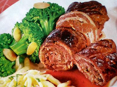 Фото рулетов из говядины с начинкой